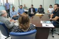 Affonso Cândido recebe visita de conselheiro do TCE
