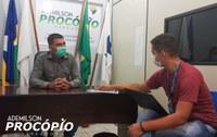 Vereador Procópio (PTB) recebeu em seu gabinete uma representante da Energisa, para tratar sobre o programa LUZ PARA TODOS
