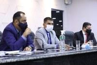 Vereadores usam a tribuna para expor suas opiniões na sessão desta terça-feira (27)