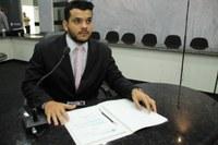Welinton Fonseca pede que Semusa instale cadeiras para acompanhantes no HM